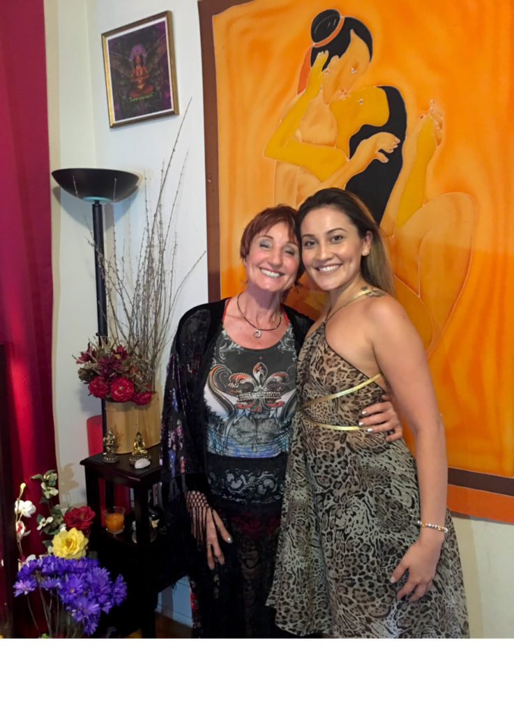 Carla Tara with happy coaching client Flor